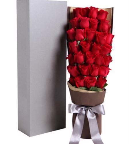 童话--精品玫瑰礼盒:红玫瑰33枝