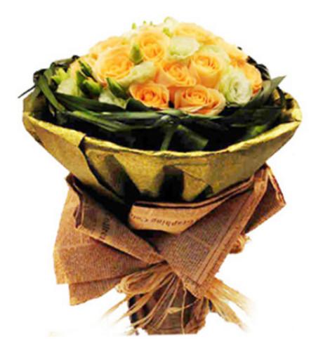 深情款款--香槟玫瑰33枝,绿色洋桔梗,巴西木叶,春兰叶