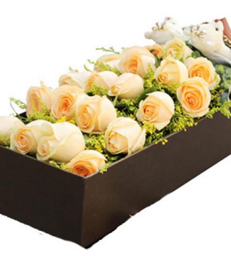 幸福降临--香槟玫瑰19枝