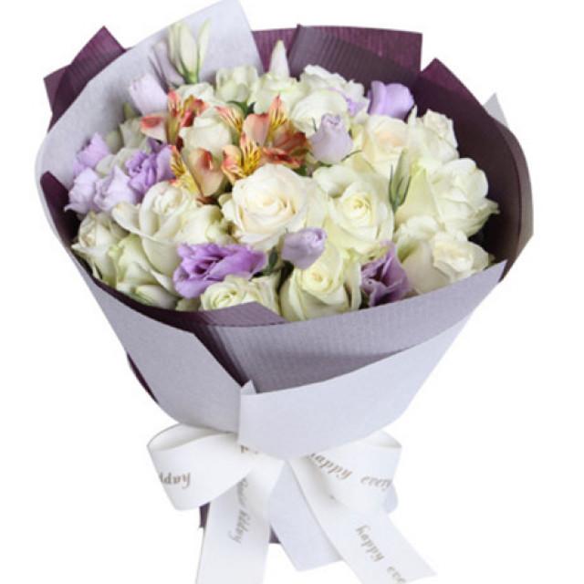 快乐每一天--雪山白玫瑰19枝