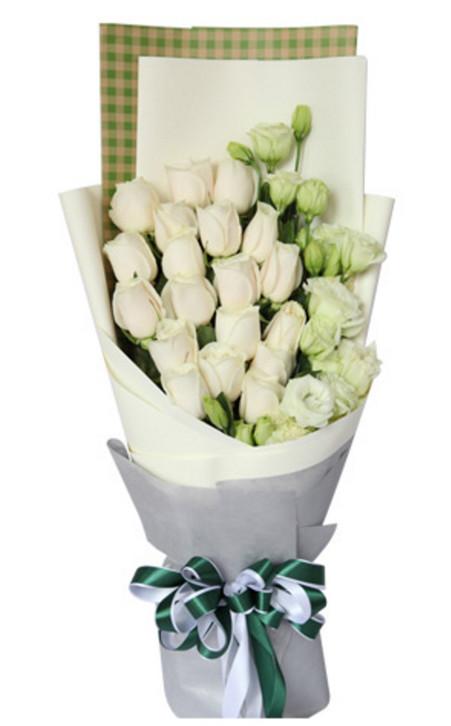白玫瑰加白色洋桔梗