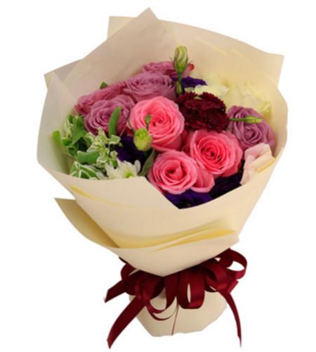 完美的你--紫玫瑰6枝,粉玫瑰3枝、白玫瑰3枝