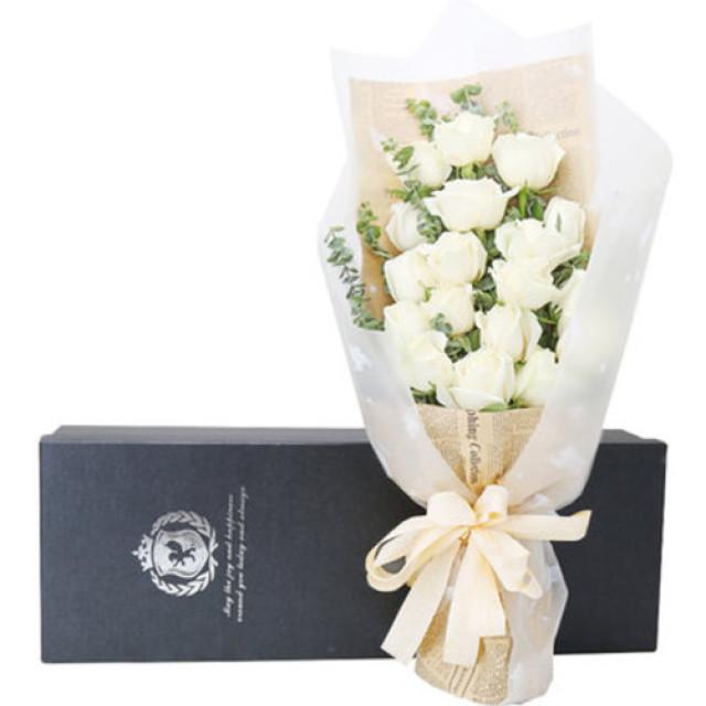 爱你--白色玫瑰19枝