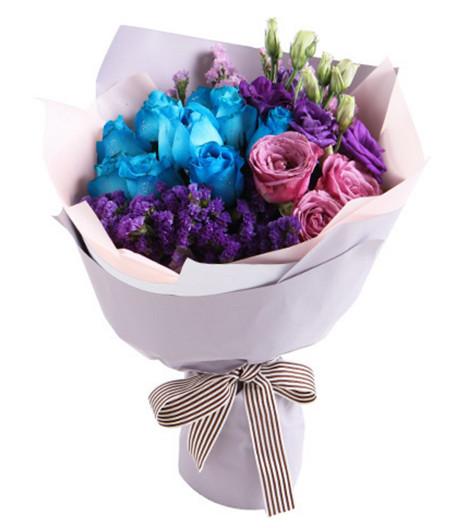 蓝玫瑰9枝,紫玫瑰3枝,紫色桔梗3枝1-1.jpg