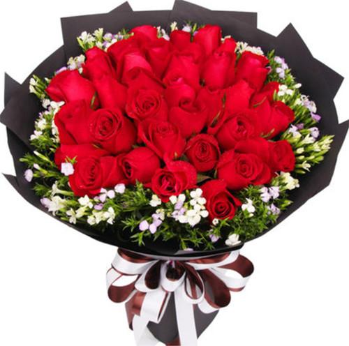 33枝红玫瑰1-1.jpg