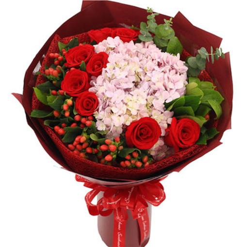 9枝红玫瑰、2枝粉色绣球1-1.jpg