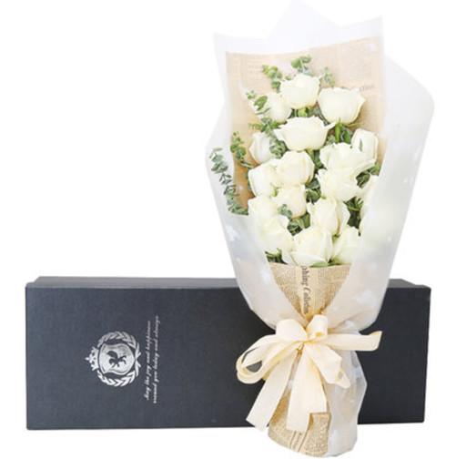 19枝白玫瑰礼盒1-1.jpg